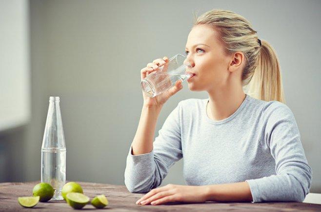 Пьем воду правильно и худеем