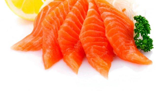 Такая закуска с красной рыбой никого не оставит равнодушным