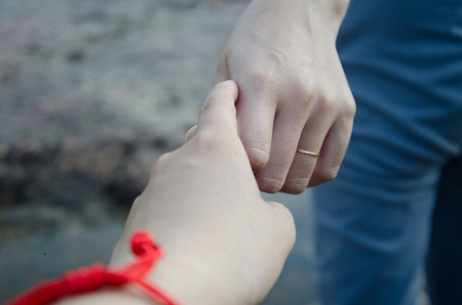 Как пережить измену любимого человека: советы психологов