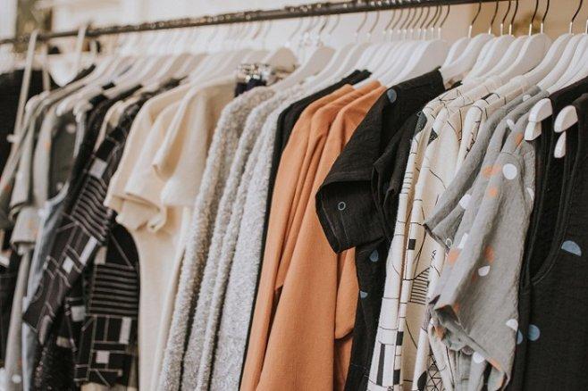 Как скрыть полноту с помощью одежды