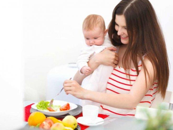Советы о питании кормящей мамы