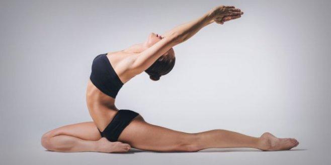 15 поз йоги, которые подарят вам плоский живот