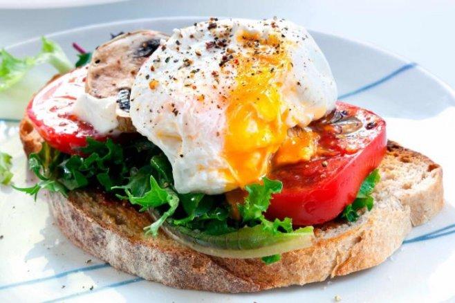 Рецепты из яиц: самые полезные и вкусные завтраки