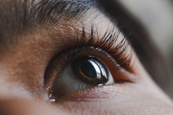 Способы снять раздражение и красноту глаз
