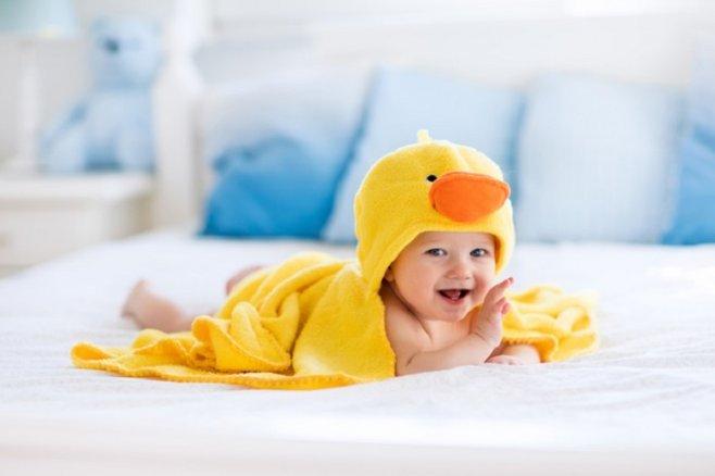 Купание новорожденных: советы для родителей