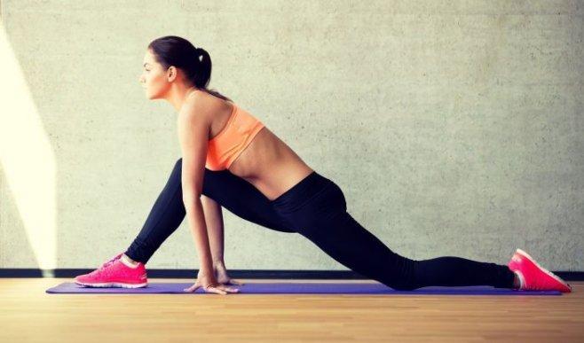 Упражнения для растяжки: как сесть на шпагат