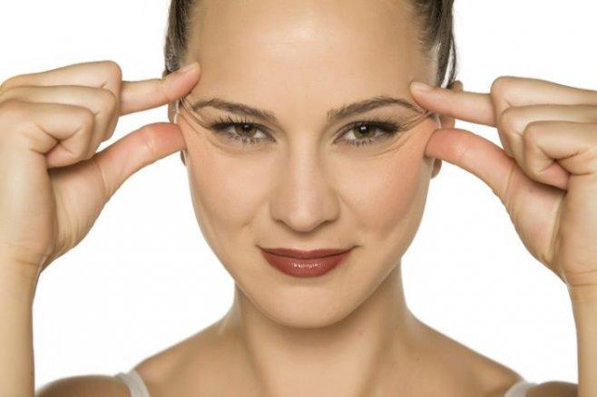 Как избавиться от гусиных лапок вокруг глаз и на лице