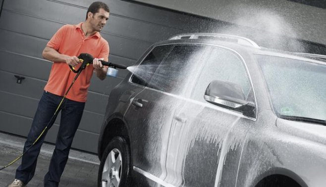 Почему мужчины следят за чистотой своих машин, а дома живут как свиньи?